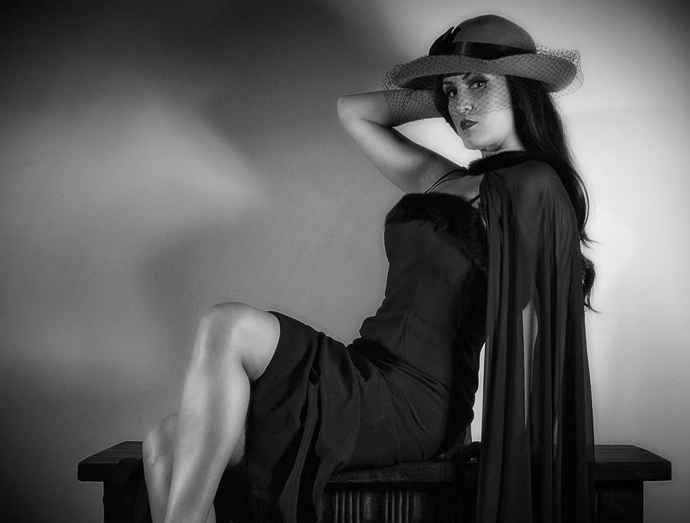 Brunette Beauty - Homage to Ava Gardner in 'The Killers'